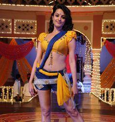 Bollywood Actress Anita Hassanandani Pics