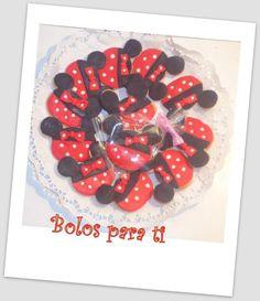 Bolachas Minnie www.bolosparati.com www.facebook.com/pages/Bolos-para-Ti/489407764471826