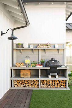 outdoor kitchen built-in storage space garden lounge Outdoor Kitchen Bars, Outdoor Kitchen Design, Deck Kitchen Ideas, Patio Kitchen, Outdoor Kitchens, Kitchen Floor, Best Kitchen Design, Kitchen Designs, Built In Grill