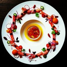 Food plating Plating Ideas, Food Plating, Michelin Star Food, Garnishing, Luxury Food, Food Decoration, Molecular Gastronomy, Fabulous Foods, Culinary Arts