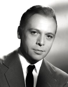 Herbert Lom - Movie Star Portrait Poster Golden Age Of Hollywood, Hollywood Stars, Classic Hollywood, Old Hollywood, Herbert Lom, Marilyn Monroe Photos, Face Photo, British Actors, Classic Films