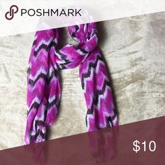Chevron scarf Cute, lightweight scarf with a chevron pattern Accessories Scarves & Wraps