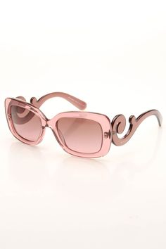Pink Prada sunglasses - would look good on me. Prom Accessories, Fashion Accessories, Fashion Now, Womens Fashion, Fashion Details, Fashion Ideas, Prada Sunglasses, Sunnies, Sunglasses Outlet