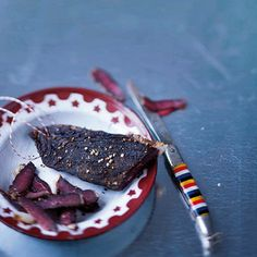 A good 'ol South African favourite. Banting Recipes, Biltong, Beef Jerky, Recipe Search, Food Trends, Good Ol, I Love Food, Wine Recipes, Eat