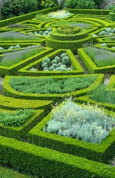 Parterre at Bodysgallen Hall Hotel, Llandudno, Gwynedd. Photo: ©National Trust Images/Charles Hawes - The Practical Gardener Formal Gardens, Outdoor Gardens, Modern Gardens, Courtyard Gardens, Small Gardens, Topiary Garden, Garden Art, Herb Garden, National Trust