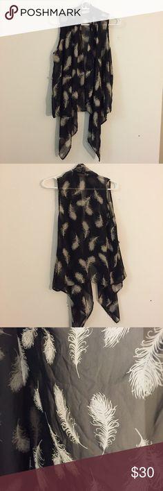 Audrey 3+1 vest medium! Audrey 3+1 vest medium! Feathers! Light and sheer. Audrey 3+1 Jackets & Coats Vests