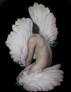 As pinturas fortes e sensuais de Amy Judd