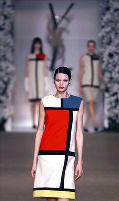 Robe inspirée des œuvres de Mondrian, défilé Haute Couture Automne-Hiver 1965 Yves Saint Laurent