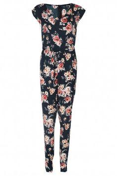 http://www.selectfashion.co.uk/clothing/s039-1104-10_black.html