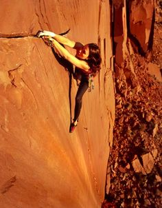 www.boulderingonline.pl Rock climbing and bouldering pictures and news climbing and strong