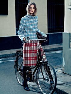 Mixed plaids -- more to like on a bike.