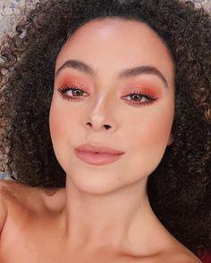 Makeup Essentials That You Don't Want To Go Without – Makeup Mastery Glam Makeup, Makeup Inspo, Makeup Inspiration, Makeup Tips, Eye Makeup, Hair Makeup, Witch Makeup, Beauty Make-up, Beauty Hacks