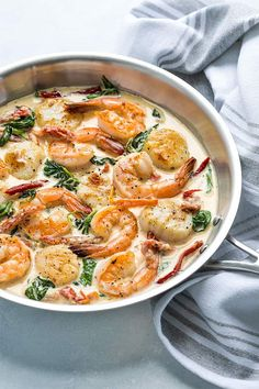 Creamy Tuscan Shrimp and Scallops Creamy Tuscan Shrimp and Scallops - Shrimp and scallops in a garlicky Parmesan cream sauce with sun dried tomatoes and spinach - Ready in just 20 minutes! Shrimp And Scallop Recipes, Shrimp Recipes, Fish Recipes, Pasta Recipes, Cooking Recipes, Healthy Recipes, Healthy Scallop Recipes, Cooking Blogs, Paleo Ideas