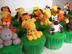 Cupcakes para festa Safari By Delícias Cupcake