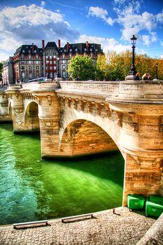 Pont a Paris Beautiful Places To Visit, Wonderful Places, Paris Pictures, Paris France, Places Ive Been, The Good Place, Beautiful Pictures, Around The Worlds, Romance