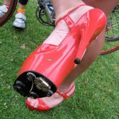 Cycling Humor is where you can find funny cycling videos, pictures, shirts and humorous cycling jokes. Cycling Humor is where cyclists go to laugh. Bike Shoes, Cycling Shoes, Cycling Cleats, Cycling Outfits, Spin Shoes, Hot Shoes, Road Cycling, Road Bike, Pimp Your Bike