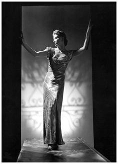 Lisa Fonssagrives byJohn Rawlings, 1939