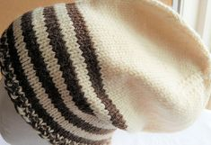 Hand-knitted hat in white and brown wool and alpaca for men and women My Ebay, Mittens, Hand Knitting, Knitted Hats, Wool, Men, Accessories, Fashion, Fingerless Mittens
