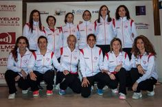 Desde #Zaragoza nos llegan fotos del Equipo Smash&More Liga femenina Aragonesa. Nos encantan chicas  #ilp #ilovepadel
