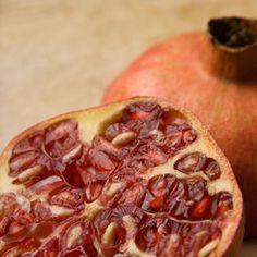 Frutto+ricco+di+benefiche+proprietà,+il+melograno+è+una+fonte+preziose+di+antiossidanti+e+agisce+come+anti-age,+antitumorale+e+rimineralizzante