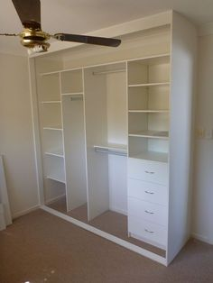 closet layout 344595808986813218 - Built In Wardrobes – Just Wardrobes Source by warrenbtqwaqwa Built In Cupboards Bedroom, Bedroom Built In Wardrobe, Wardrobe Room, Bedroom Cupboard Designs, Bedroom Closet Design, Home Room Design, Closet Designs, Closet Renovation, Closet Remodel