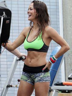 Brooke Burke for Skechers Advertisement Photoshoot Hottie in tights looks