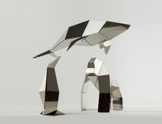 Poligon is a collection of foldable metal sculptures inspired by the animal kingdom which you sculpt into their final shape yourself