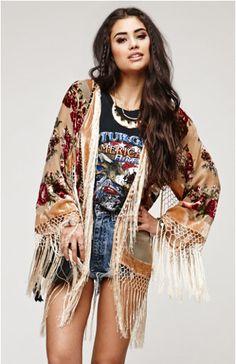 Items similar to SALE OFF // Champagne Floral Velvet Burnout Gypsy Fringe Beaded Kimono Jacket on Etsy Western Outfits, Boho Outfits, Vintage Outfits, Fashion Outfits, Fringe Kimono, Kimono Jacket, Kimono Top, Boho Fashion, Vintage Fashion
