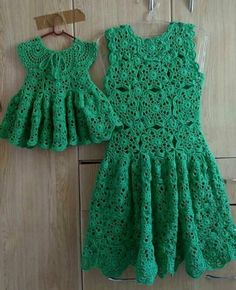 Baby dress crochet english ideas for 2019 Crochet Girls Dress Pattern, Sundress Pattern, Crochet Jumper, Crochet Blouse, Knit Crochet, Crochet Party Dresses, Crochet Clothes, Crochet Toddler, Crochet For Kids
