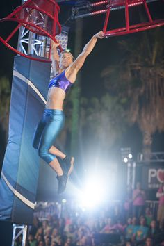 Top Gym Workouts for American Ninja Warrior Competitors Like Jessie Graff American Ninja Warrior - Season 7 American Ninja Warrior Women, American Ninja Warrior Obstacles, America Ninja Warrior, Ninja Warrior Course, Jesse Graff, Fitness Goals, Fitness Motivation, Fitness Life, A Team