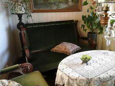 FINN – Full restaurert salong fra århundre skifte.Selges pga.plassmangel