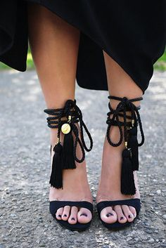 DIY sandals...I would really wear these!