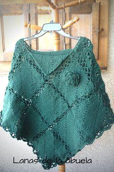 Poncho de lana tejido por LanasdelaAbuela en Etsy Cowl, Desi, Crochet Tops, Women, Fashion, Cape Clothing, Templates, Knits, Wool Coats