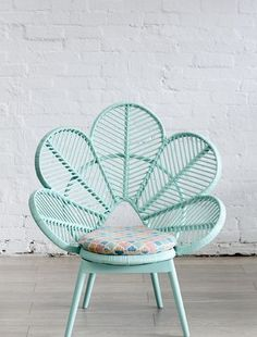 the peacock chair.2015 TREND: Mint. www.houseandleisure.co.za