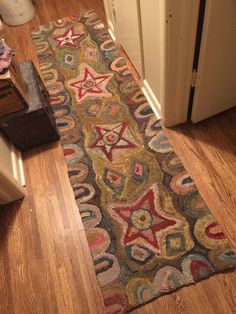 Large Primitive Style Hand-hooked Wool rug, Hallway runner Stars and border