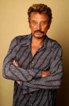 Blog de johnnythebest333 - Page 16 - --- images photos de johnny hallyday…