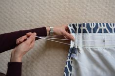 Excellent Screen hand sewing curtains Strategies Sewing curtains -instructions-beginning-fold-tape-fold-pleats-- Tab Top Curtains, No Sew Curtains, How To Make Curtains, Rod Pocket Curtains, Curtains With Rings, Cafe Curtains, Rideaux Design, Old Sewing Machines, Curtain Material