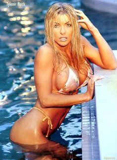 Tylene Buck - Major Gunns - WCW