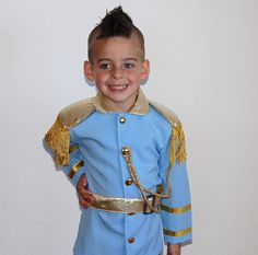This is a listing for an adorable Prince Charming costume..... perfect for parties, halloween cosumes, or for dressing up. Jacket buttons up and pants are elastic waist and strechy, belt also included:) $85 Prince Charming Halloween Costume, Prince Costume, Halloween Boo, Halloween Costumes, Mike The Knight, Knight Party, Disney Princes, Jacket Buttons, Disneybound