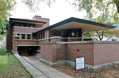 """Robie House, États-Unis La Robie House, construite entre 1908 et 1910, est l'un des exemples les mieux connus du """"Prairie Style"""" de Frank Lloyd Wright. (Bourse: Frank Lloyd Wright Trust, 50.000 dollars)"""