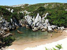 Playa de Gulpiyuri, #Asturias #Spain