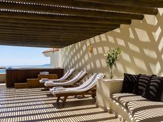 Ambassador Penthouse - Luxurious suites for Groups Luxury Accommodation, Outdoor Furniture, Outdoor Decor, Sun Lounger, Resorts, Home Decor, Chaise Longue, Vacation Resorts, Vacation Places
