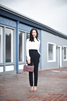 How To Wear Black Pants Work Outfits High Waist Ideas Black Pants Work, Black Pants Outfit, Work Pants, Women's Pants, Minimal Fashion, Work Fashion, Fashion Fashion, Runway Fashion, Fashion Outfits