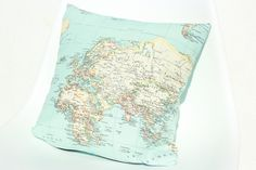 Reisefieber... Weltkarten-Kissen und Schminktasche! Weltkarte, worldmap, map, diy, pillow, Travel