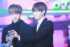 V and Jin taejin