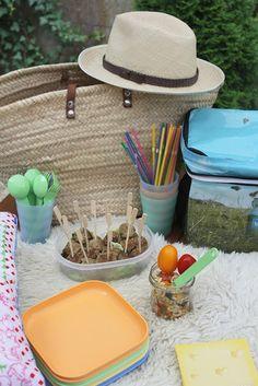 Hackfleischbällchen, Mini-Frikadellen, Frikadellen oder Buletten für Picknick, zum Kartoffelsalat oder mit Senf, Buletten gehen immer und passen zu allem. Ideal für Kindergeburtstag oder als Snack für unterwegs. Hier ist das Rezept http://wolkenfeeskuechenwerkstatt.blogspot.de/2012/09/herbst-picknick-hackfleischballchen.html