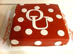 OU Cake - OU Football could be considered a holiday right? Fancy Cakes, Cute Cakes, Oklahoma Sooners Football, Ou Football, Boomer Sooner, University Of Oklahoma, Cake Icing, Diy Cake, Love Cake