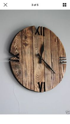 diy wall clocks 709387378794839706 - Wall Clock Design 812266482781107575 – Rustic stylish reclaimed timber clock – Source by Source by Unique Wall Clocks, Wood Clocks, Wall Clock Wood, Diy Wall Clocks, Rustic Clocks, Arte Pallet, Diy Clock, Clock Ideas, Clock Craft