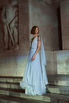 Alberta Ferretti Limited Edition Spring 2020 Couture Fashion Show - Vogue Fashion 2020, Runway Fashion, Spring Fashion, Fashion Weeks, Fashion Brands, High Fashion, Womens Fashion, Alberta Ferretti, Fashion Show Collection