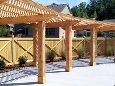 Cross Frame Privacy Fence Cross frame privacy fence by Mossy Oak Fence. A popular style due to the u Wood Privacy Fence, Cedar Fence, Wood Fences, Backyard Fences, Backyard Projects, Wood Fence Design, Good Neighbor, Pergola Designs, Outdoor Entertaining